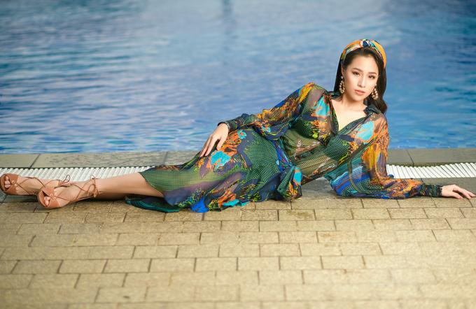 Nhan sắc 18 tuổi của 'Người đẹp biển' Bảo Châu