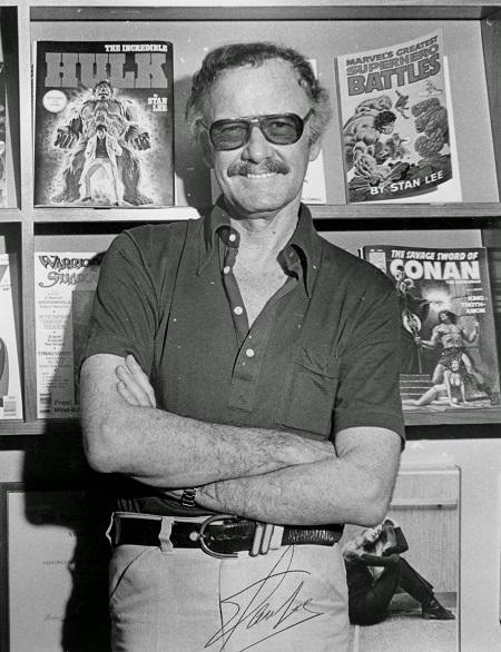 Stan Lee thời trẻ.