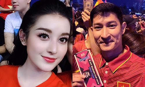 Á hậu Huyền My (trái) và diễn viên Huy Khánh.