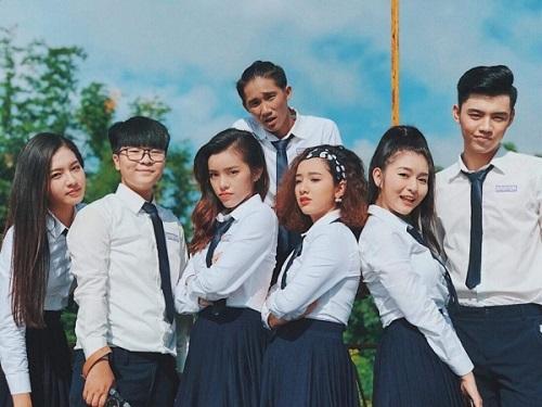 Các diễn viên thủ vai học sinh trong phim.