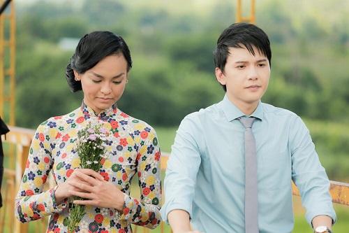 Mai Ngô (trái) và Khắc Minh.