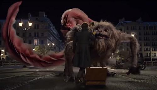 Trong phim, quái vật Zouwu vừa gây sợ hãi, vừa có nhiều khoảnh khắc dễ thương.