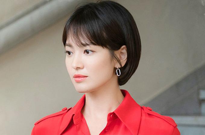 Song Hye Kyo: 'Tôi thoải mái khi đóng cặp đàn em kém 12 tuổi'