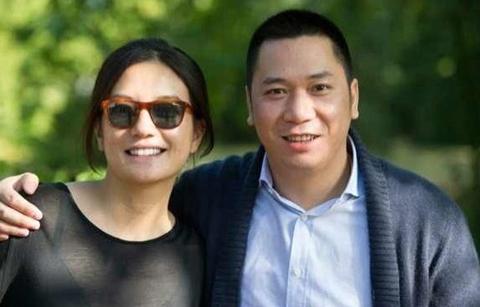 Vợ chồng Triệu Vy - Huỳnh Hữu Long.