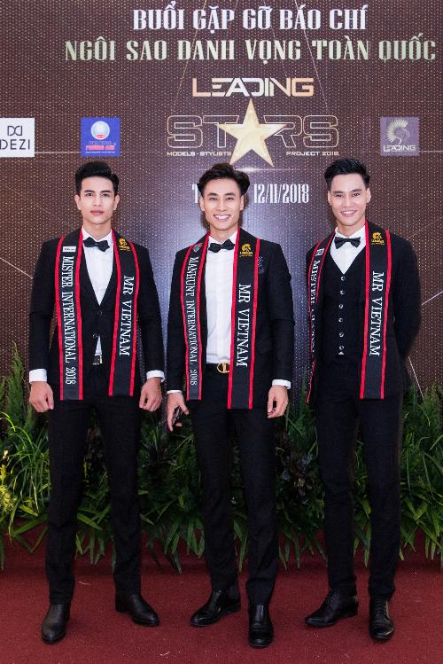 Từ trái sang phải: Trịnh Văn Bảo - Giải đồng Siêu mẫu Việt Nam 2018, Mai Tuấn Anh - Giải vàng Siêu mẫu Việt Nam 2015 và Nguyễn Hùng Cường - Á quân 2 Việt Nam Fitness Model 2017.