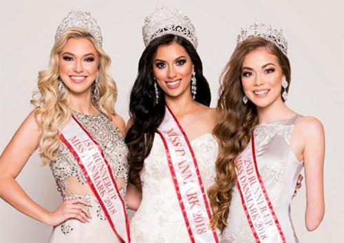 Cô là Á hậu 2 của cuộc thi Hoa hậu Đan Mạch 2018 và đại diện nước này tới Ba Lan tranh tài. Ở kỳ thi trong nước, cô còn nhận giải phụ Hoa hậu được bình chọn nhiều nhất và Dự án nhân ái hay nhất.