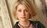 Diễn viên 'Thị trấn Smallville' tố cáo bị quấy rối