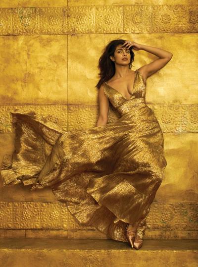 Hoa hậu Thế giới 2000 là người đẹp thành công ở Hollywood.