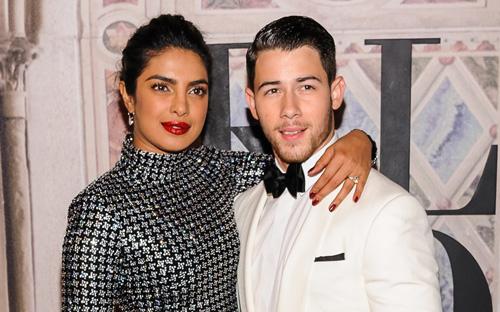 Priyanka Chopra và Nick Jonas sắp thành vợ chồng.