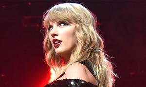 Taylor Swift phá kỷ lục tour diễn có doanh thu cao nhất ở Mỹ