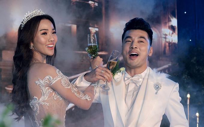 Đám cưới đầy cảm xúc của Ưng Hoàng Phúc, Kim Cương
