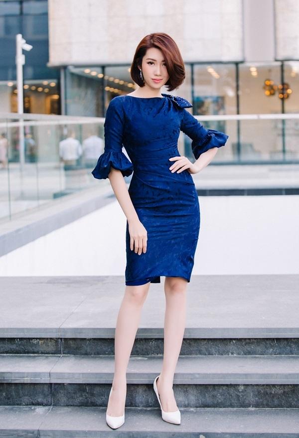 Diễn viên 'Gạo nếp gạo tẻ' gợi ý cách mặc đầm đẹp cả tuần