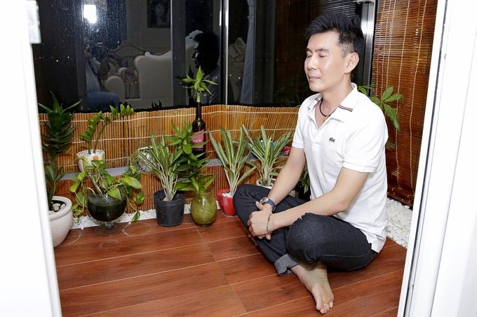Vợ chồng Hiền Mai thăm nhà 200 m2 của Phi Thanh Vân