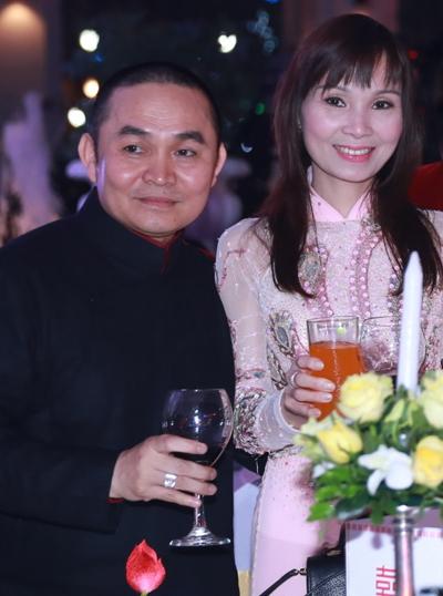 Xuân Hinh và bà xã Phương Lan dự tiệc cưới Thanh Thanh Hiền.