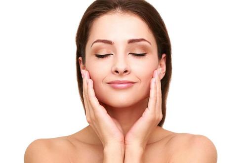 Cách khắc phục da mặt chảy xệ cùng Venesa - 1