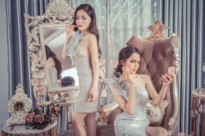 Hương Giang Idol làm dáng với váy bèo nhún