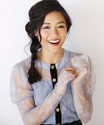 Constance Wu nhận đề cử Nữ diễn viên chính xuất sắc.
