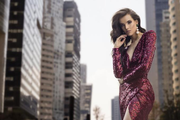 Nhan sắc tân Hoa hậu Thế giới