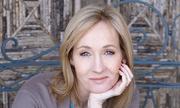 Chồng JK Rowling tố cáo trợ lý cũ của vợ gian dối