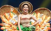 Váy 'Bánh Mỳ' được chọn vào Top 10 Trang phục dân tộc đẹp nhất