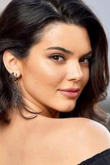 Kendall Jenner là người mẫu kiếm tiền nhiều nhất thế giới 2018