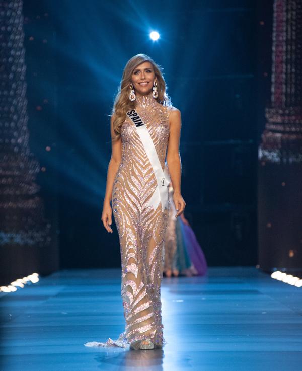 Angela Ponce - hoa hậu chuyển giới phá vỡ luật của Miss Universe