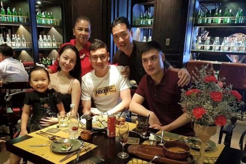 Linh Nga: Cả gia đình hãnh diện vì em Đặng Văn Lâm - 1
