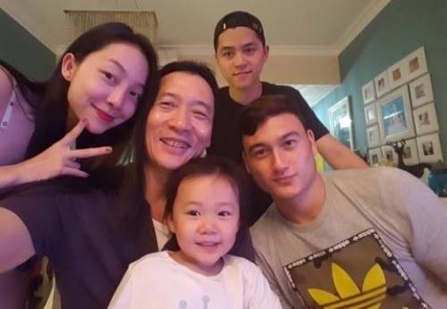 Linh Nga: Cả gia đình hãnh diện vì em Đặng Văn Lâm