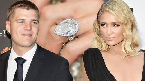 Chris Zylka tặng chiếc nhẫn kim cương cho Paris khi đính hôn.