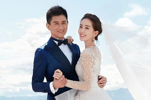 Vợ chồng Ngô Kỳ Long.