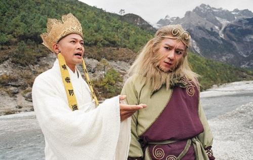 Giang Hoa (trái) phong độ khi đóng vai Đường Tăng.