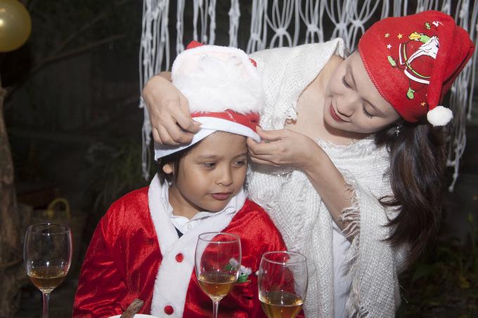 Thanh Thúy tổ chức tiệc sinh nhật chồng ở Đà Lạt