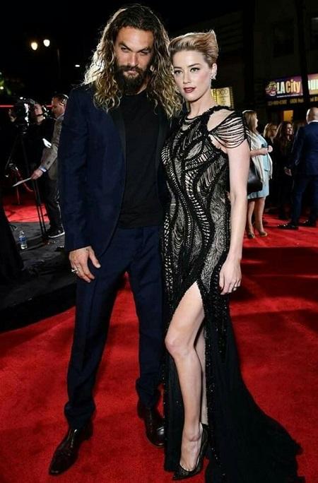 Amber Heard và Jason Momoa ở lễ ra mắt phim tại Los Angeles (Mỹ).