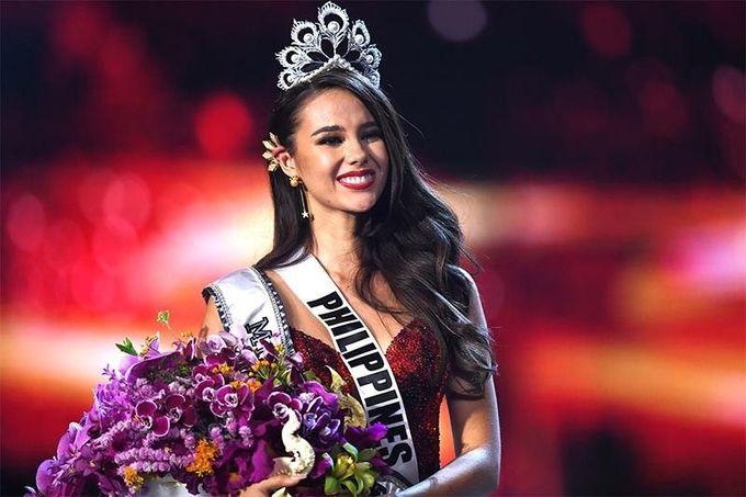 6 nữ hoàng nhan sắc đăng quang năm 2018