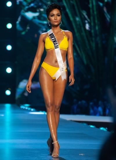 HHen Niê thi bikini ở Miss Universe 2018.