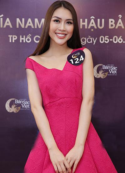 Thí sinh Nguyễn Đặng Tường Linh.