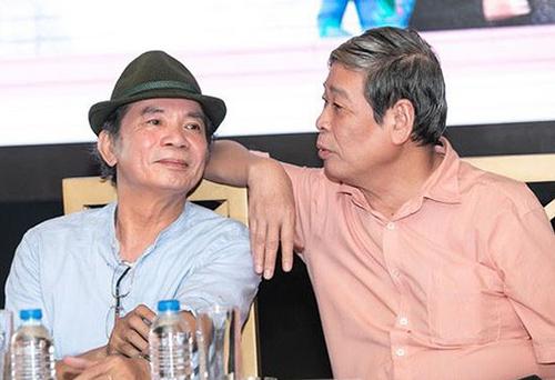 Nhạc sĩ Nguyễn Trọng Tạo và nhà thơ ThụyKha (phải).