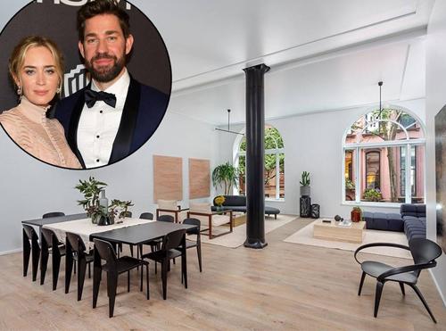 Theo Wall Street Journal, ngày 9/1, vợ chồng Emily Blunt và John Krasinski chi 11 triệu USD mua toàn bộ sàn tầng 10 trong khu căn hộBrooklyn Heights. Đây cũng là tòa nhà Matt Damon mua căn penthouse với giá 16,75 triệu USD.