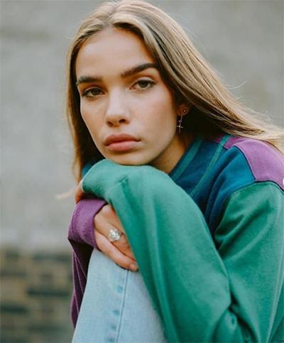 Cô từng xuất hiện trong quảng cáo của các thương hiệu như New Look, Topshop, Fendi, Alexander Wang, Ralph Lauren, Balenciaga...