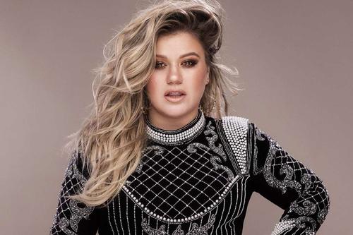 Kelly Clarkson từng không nhà ở trước khi nổi tiếng.