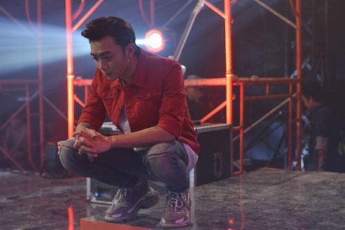 Soobin Hoàng Sơn vào vai chàng thiếu gia nhà giàu đam mê nghệ thuật nhưng bị gia đình cấm cản.