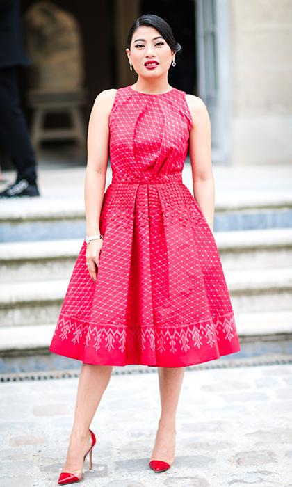 Công chúa Thái Lan mặc ton-sur-ton với giày và váy Dior.