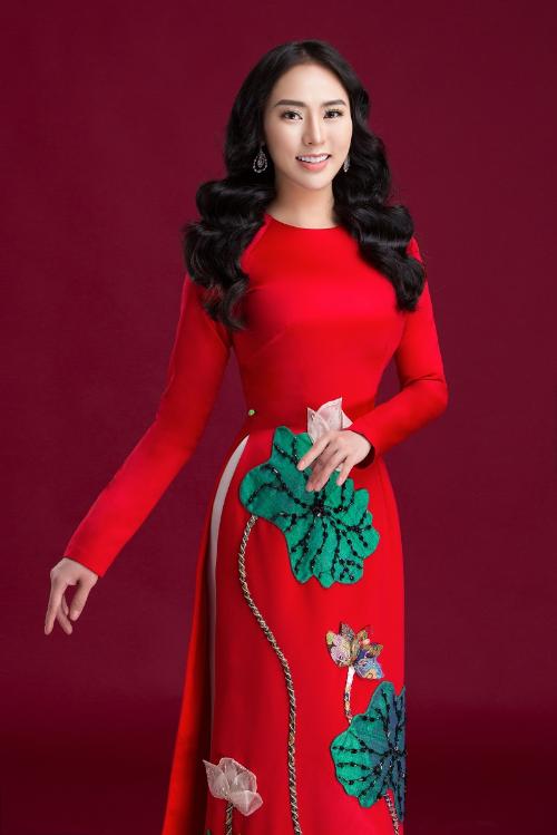 Tết cổ truyền dân tộc đang đến,Thu Hoàng đãgửilời chúc mừng năm mớian lành và hạnh phúc.