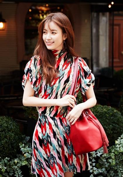 Mỹ nhân cười đẹp nhất Hàn Quốc đóng phim cùng dàn sao Hollywood - 1