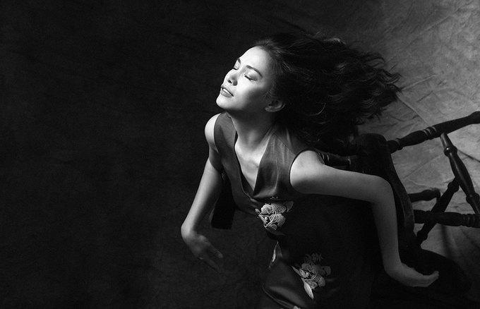 Hoa hậu Ngọc Khánh làm 'nàng thơ' của Tăng Thanh Hà