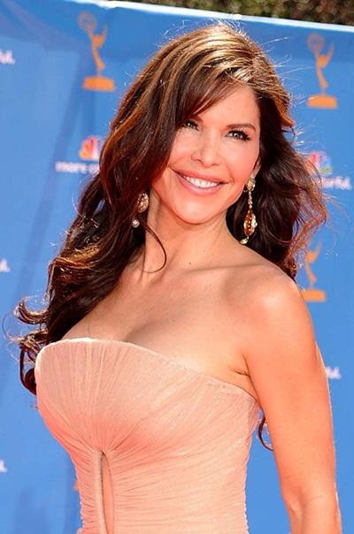 Sánchez sinh ra ở Albuquerque, New Mexico và là người gốc Mexico. Sau khi tốt nghiệp trung học, cô chuyển đến Los Angeles để theo học Cao đẳng El Camino ở Torrance, California. Sau đó, người đẹp tốt nghiệp khoa truyền thông của Đại học Nam California.