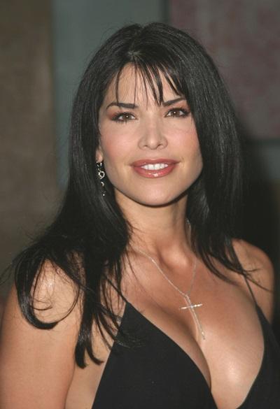 Lauren Sanchez sinh năm 1949 ở Mỹ.