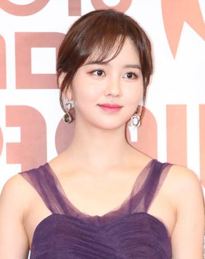 So Hyun được mệnh danhngọc nữ màn ảnh nhờ vẻ thanh tân, trong trẻo.