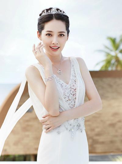 Diễn viên, người mẫu Quách Bích Đình.