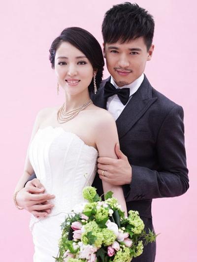 Vợ chồng Đổng Tuyền, Cao Vân Tường. Họ kết hôn năm 2011, có con gái đầu lòng năm 2016.